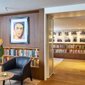library_bar_brasserie_ambassade_2